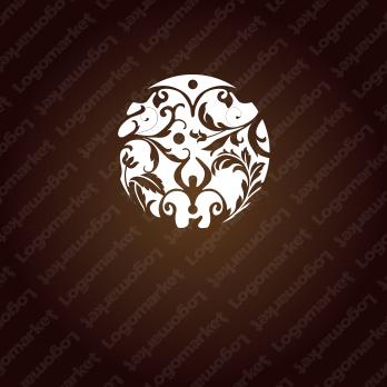 高級感と生命力と唐草模様のロゴ