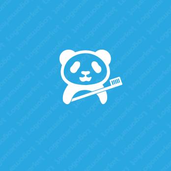 親しみやすさと歯とパンダのロゴ