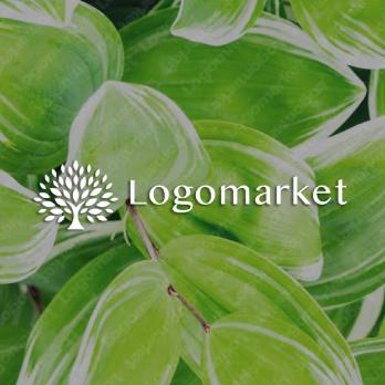 木とナチュラルと自然のロゴ