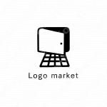 インターネットとパソコンと扉のロゴ