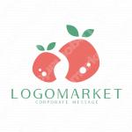 果実と葉と水滴のロゴ