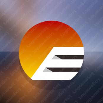 Eと太陽とリッチラインのロゴ