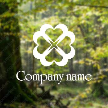 クローバーと優しさと四つ葉のロゴ